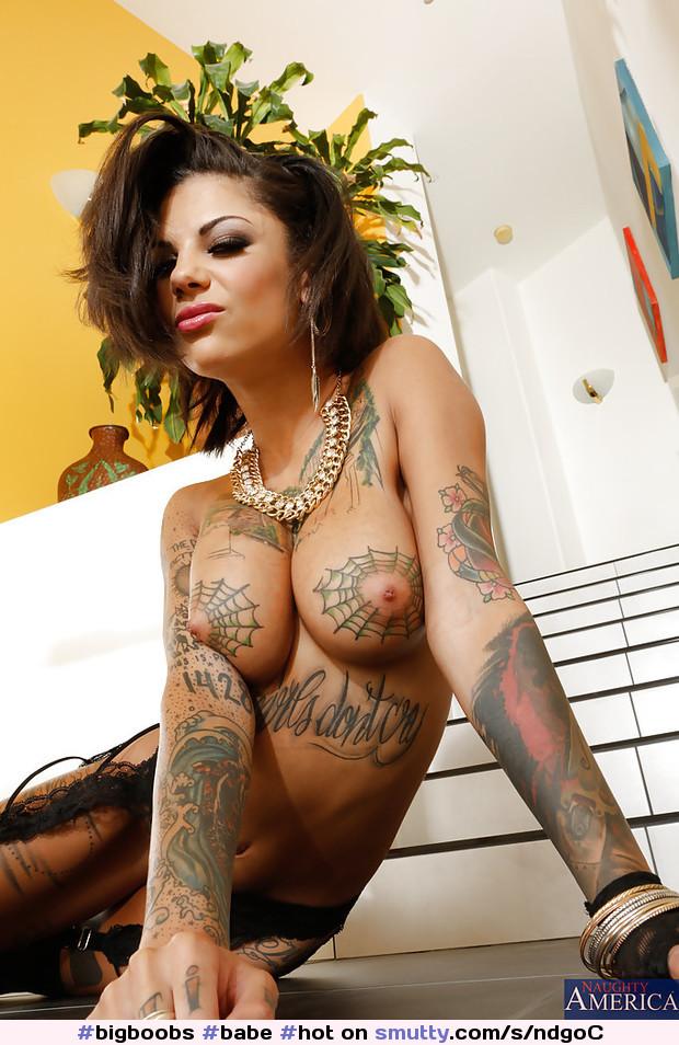 фото татуированных порно звезд