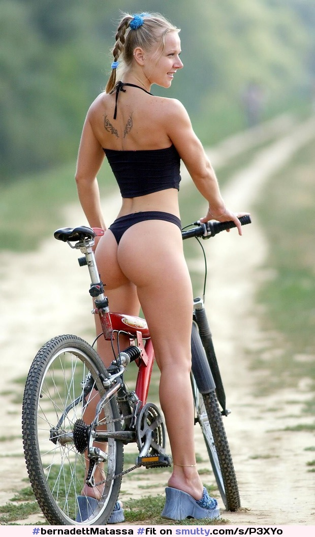 #bernadettMatassa #fit #athletic #abs #nonnude #sporty #outdoors #braids #bicycle #cycling #anklet #sport