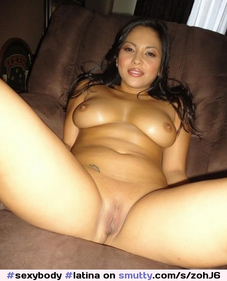 pussy thumbs Latino