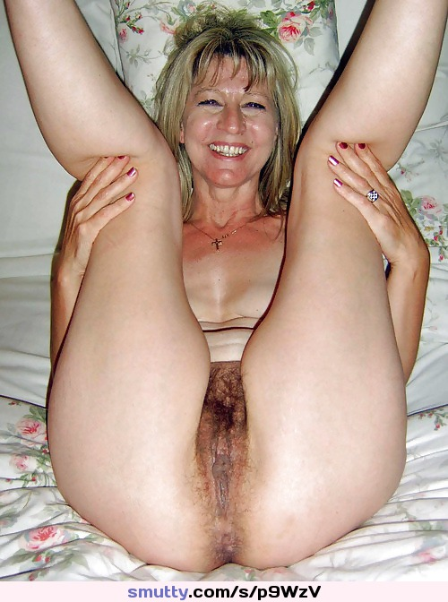 Hot milf natural pussy