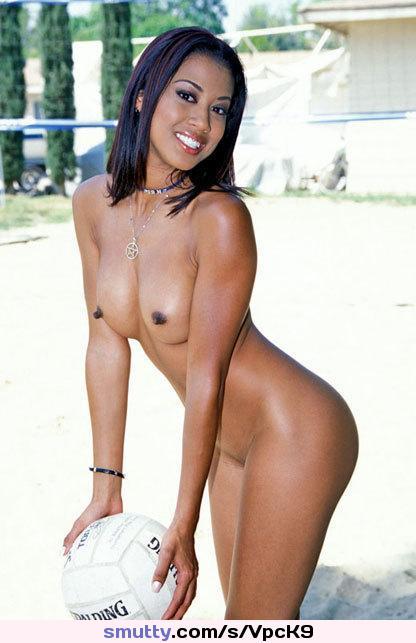 Lili Thai
