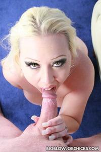 Very hot bbw blonde bj