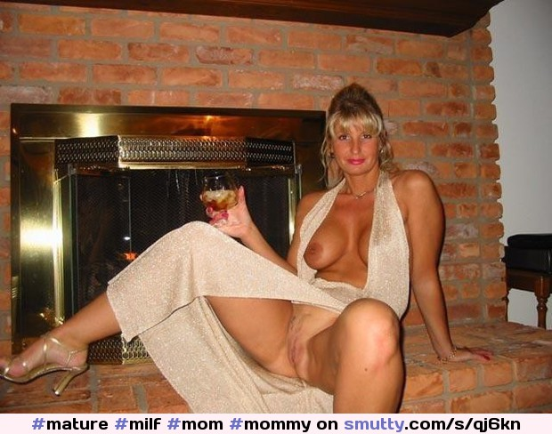 #mature#milf#mom#mommy#cougar#wife#hotwife#sensual#horny#olderwoman#gorgeous#sexy#hot#beauty#beautiful#housewife#amateur#homemade#maturemilf
