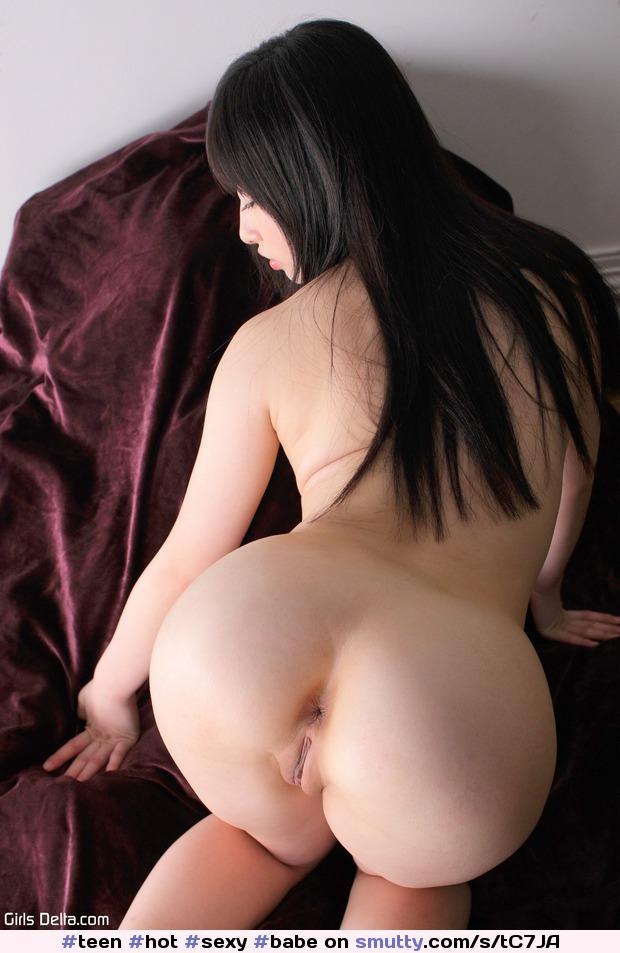 Mae victoria nude older women