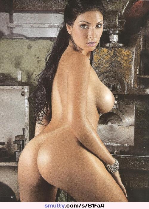 Big Tits Celebrities Kim Kardashian Pictures And Pics