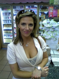 Milf at the Grocery store