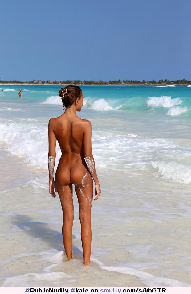 Богатая видео девушек голых на кубе холостяка