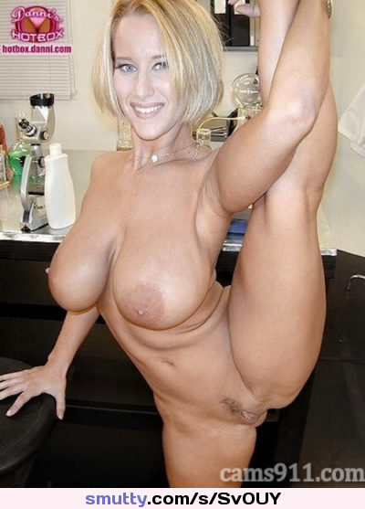 Big tits milf flexible