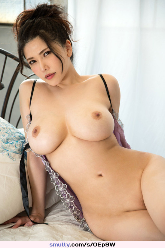 Perfect asian breasts ostern