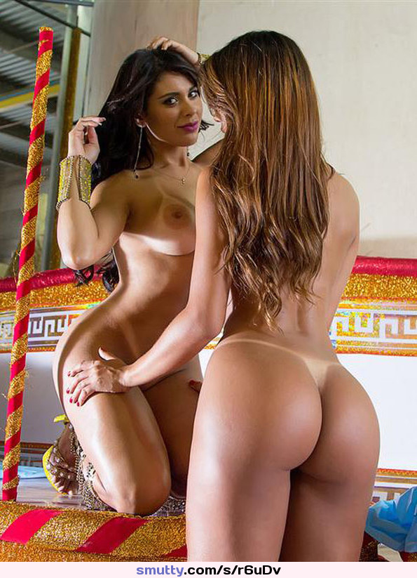 Picture gallery of two amateur sexy latina hotties