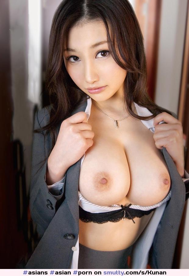 Shelf bra for big tits