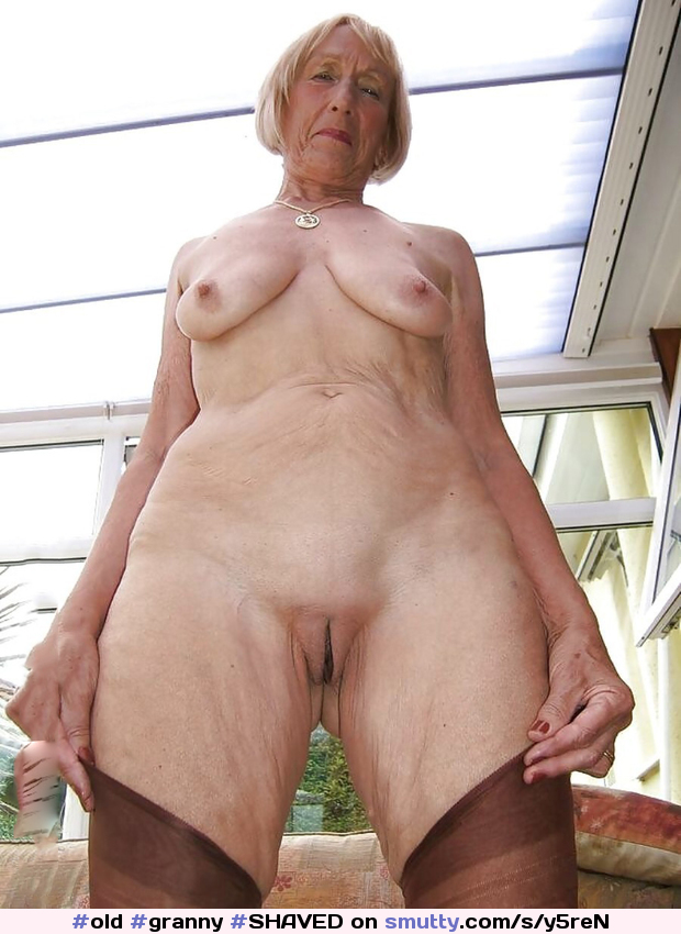 Shaved Old Pussy