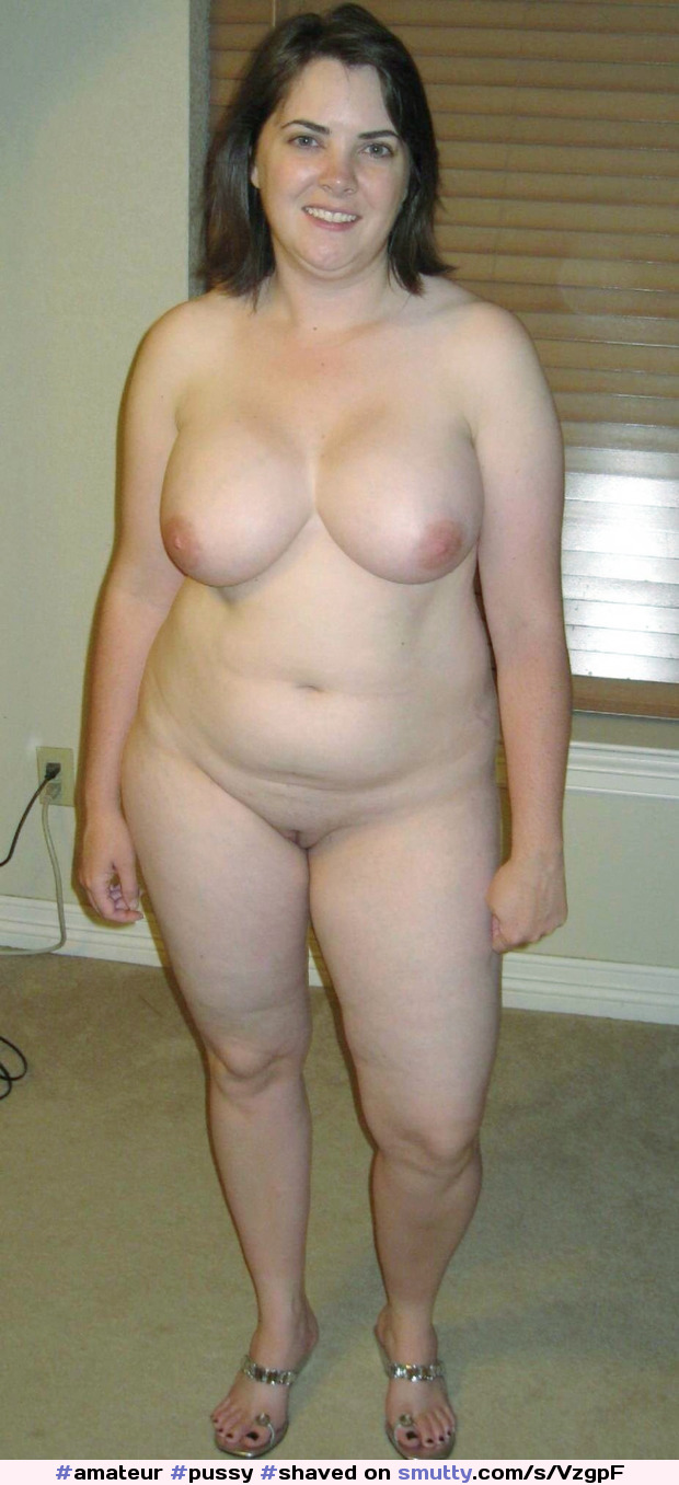 Chubby Housewife Galleries With Naked Chubby Women