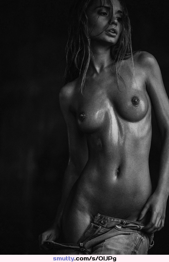 #topless, #fit, #flatstomach, #greattits, #blackandwhite, #jeans, #sweat, #petite