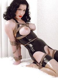 dita-von-teese-pussy-gets-cock-gifs-big-negro-cocks