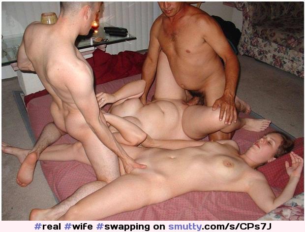 Nude Pix Jodie moore threesome in meadow