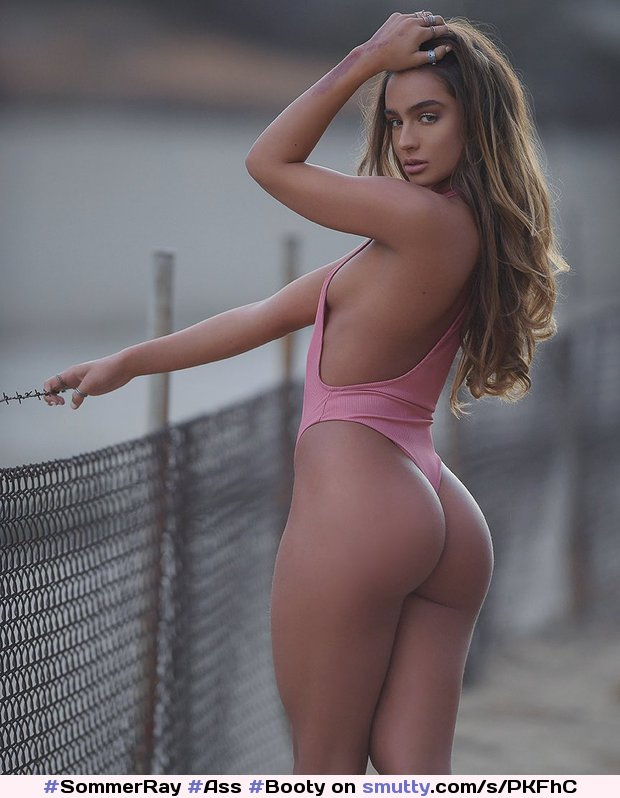 #SommerRay #Ass #Booty #BubbleButt #Pawg #Whooty #Culo #Fit #FitandThick #Thick #Curves #Fit #Atheltic #Sexy #NN #Nonnude #OnePiece #Hottie