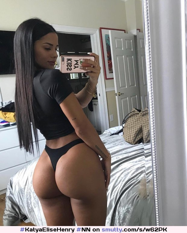 #KatyaEliseHenry #NN #Nonnude #Latina #Ass #Booty #BubbleButt #NiceAss #Culo #Thick #Fit #Athletic #Selfie #PerfectBody #Thong #hot #Model