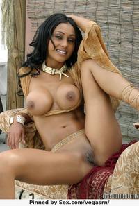 indische Titten Bilder