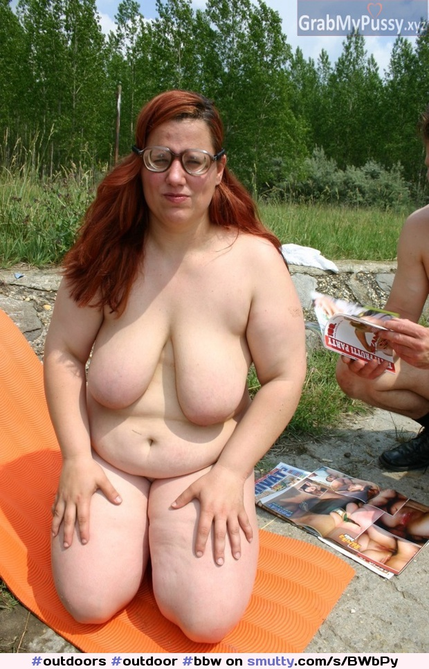 Milf Big Tits Public Outdoor