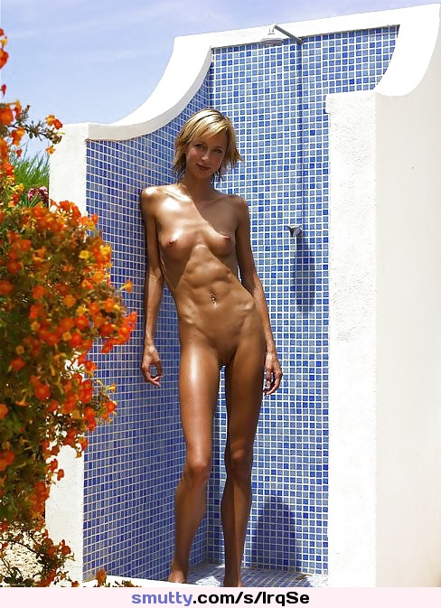 #nudistgirl#tanned#oiled#tightbody#posingnude#nakedoutdoors#shavedcunt#youngnudist#nudism#fuckdream