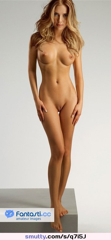 naked girl dirt bik wall