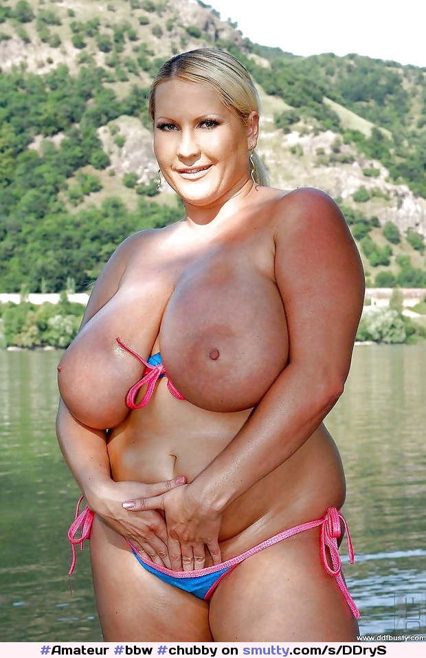 #Amateur #bbw #chubby #bigtits #hangers #thickbelly #blonde #bikini