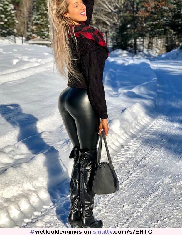 #wetlookleggings #latexleggings #latex #leggings #shinnyleggings #latexfashion #blonde #sexy #latexbooty #krystellelacroix #ass