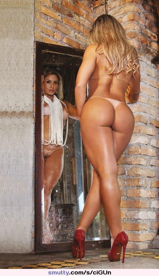 Raveena Tandon Hot