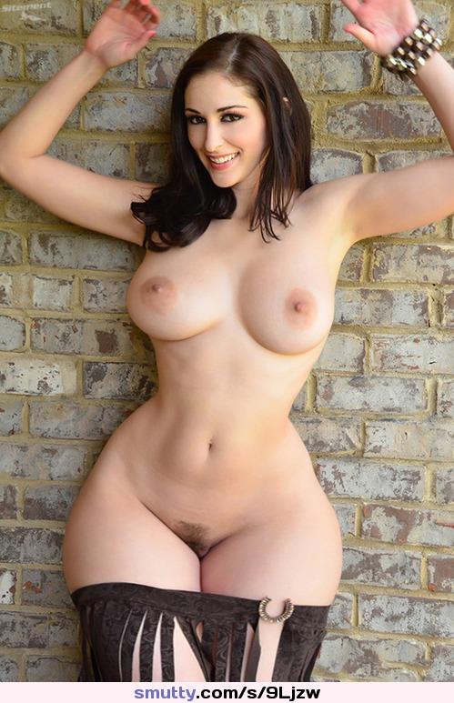 Wide hips bigtits 3