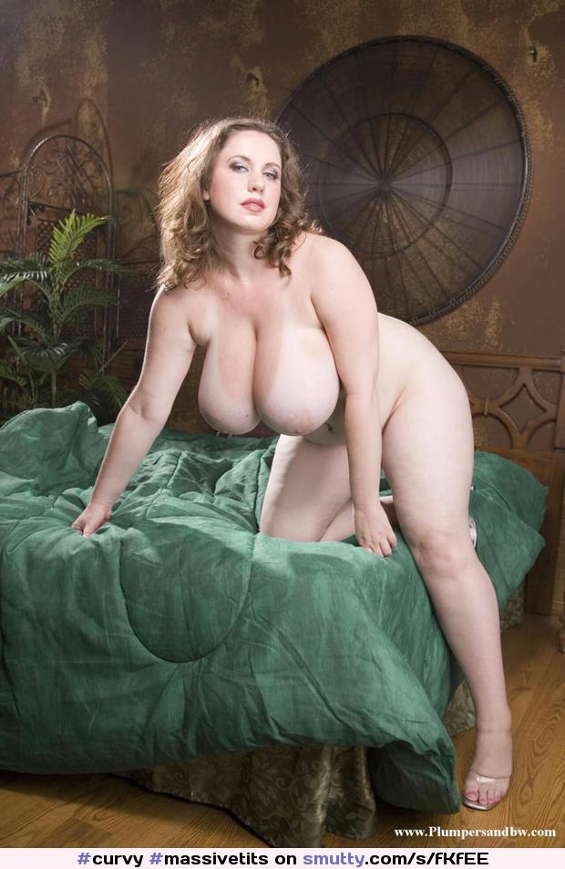 голые груди фото пышные