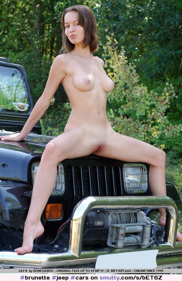 Finest Naked Car Moldes Pictures