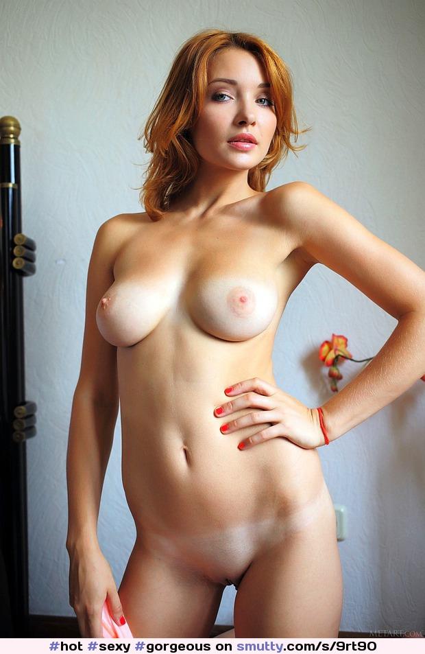 Stars Amazingly Beautiful Nude HD