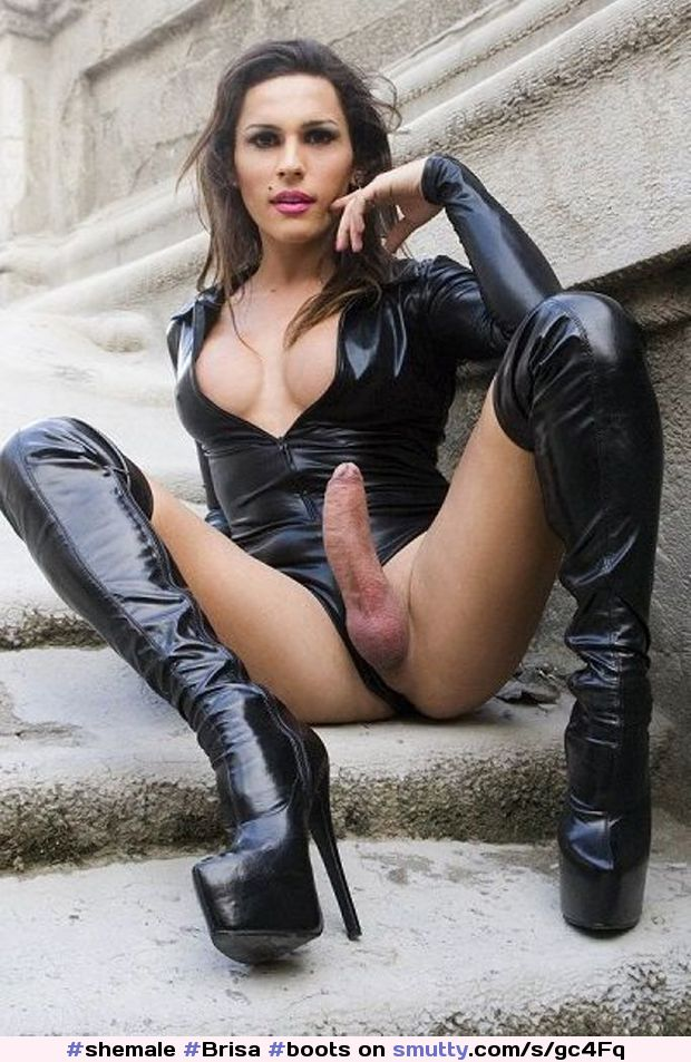Shemale In Leather Pants Blowjobs