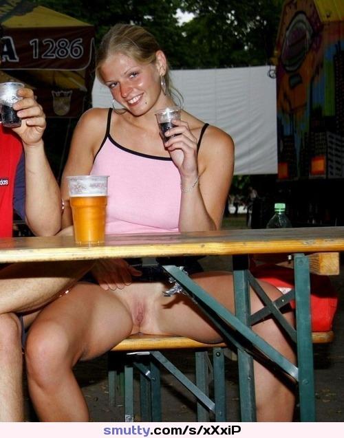 Drunk Girls In The Club Upskirt Sexy Candid Girls