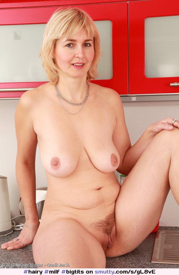 Monik Allover30 Pics Sex Porn Spankbang.com 1