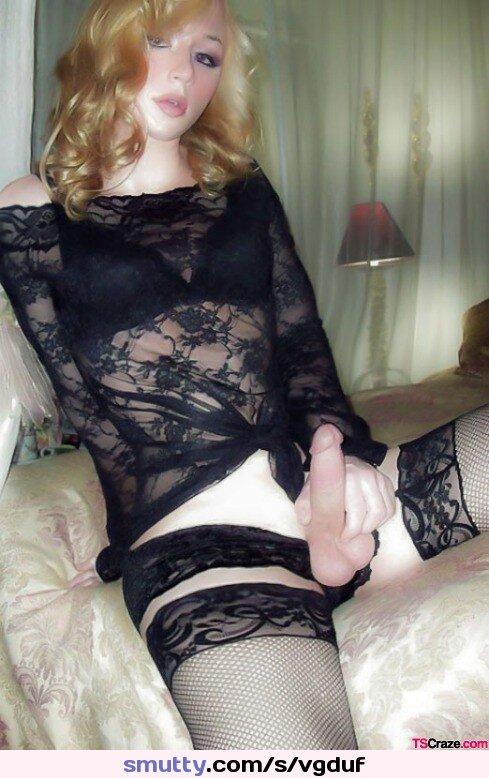 Hart schwarzen blondes Heißes gefickt großen von Schwanz einem wird Luder photo 2