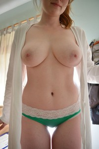 Man carrind nude girl