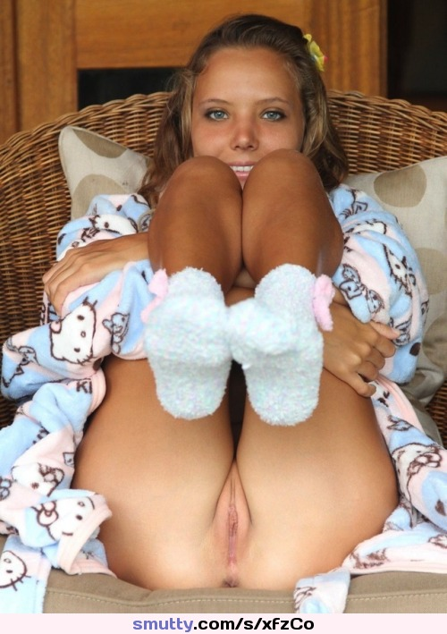 #blueeyes #blonde #holdinglegs #socks #pussy #asshole #ziplock #hellokitty #niceview #smiling