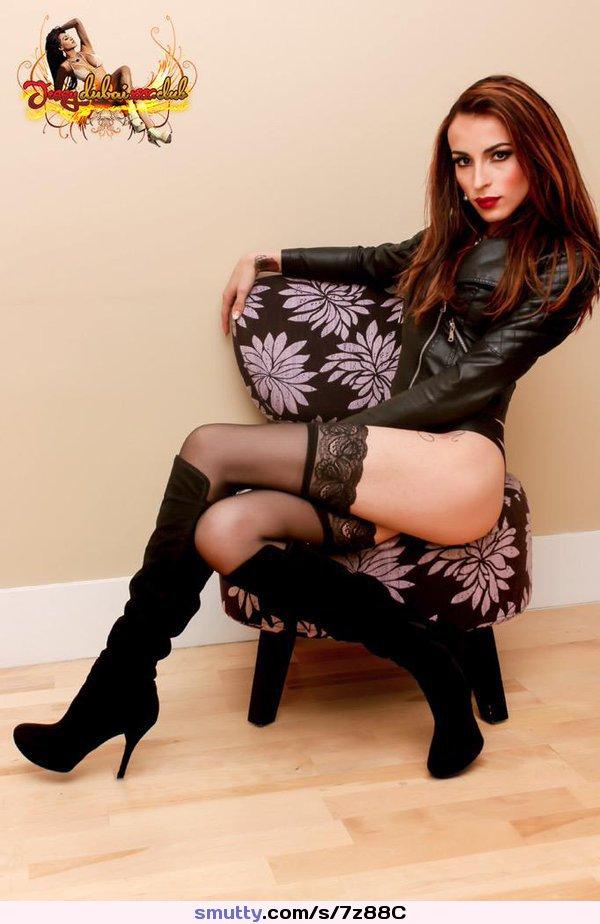 Sexy Tranny Amanda Fialho Masturbates Pornpics 1