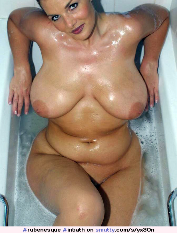 Superstar Rubenesque Nude Photo Pics