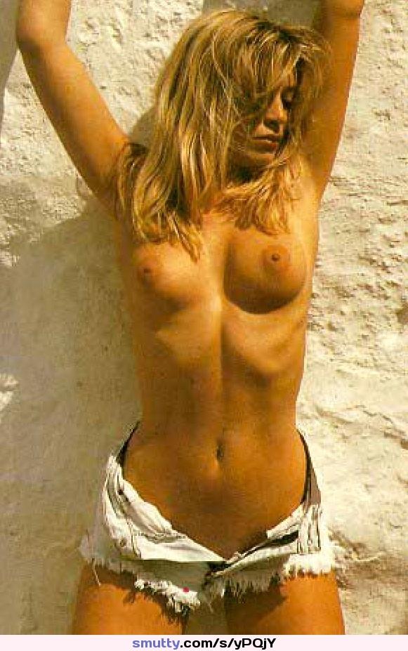Goldie hawn is gorgeous