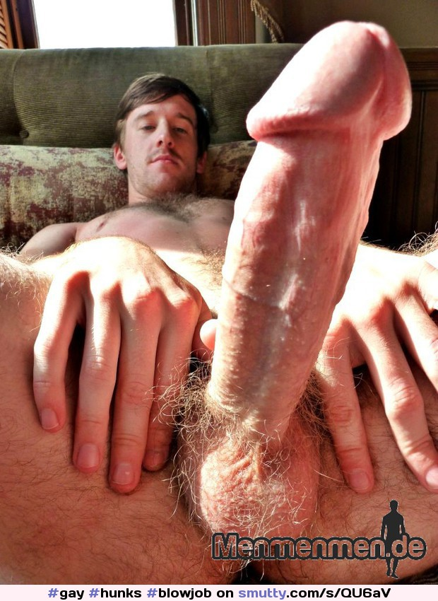 Muscular hunks assfucking and getting blowjob