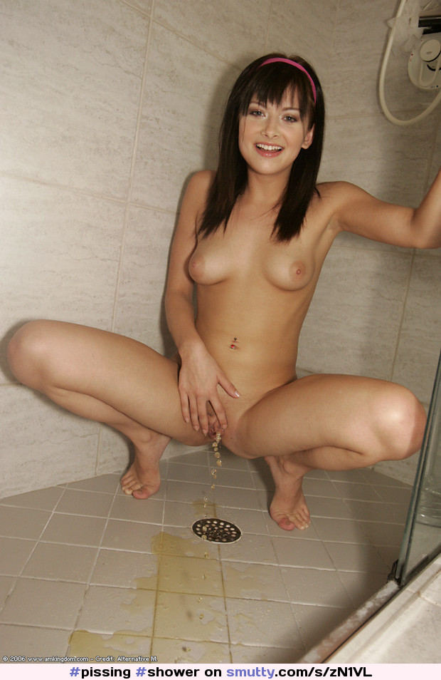 Teenie girl nude shower pissing