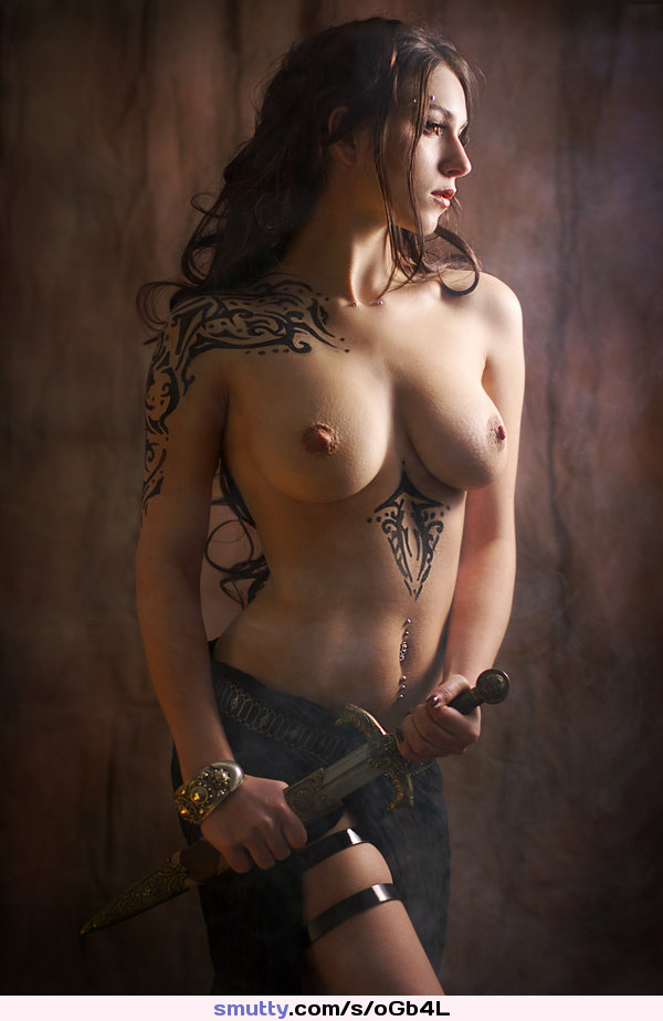 naked-female-warriors-pics-and-black