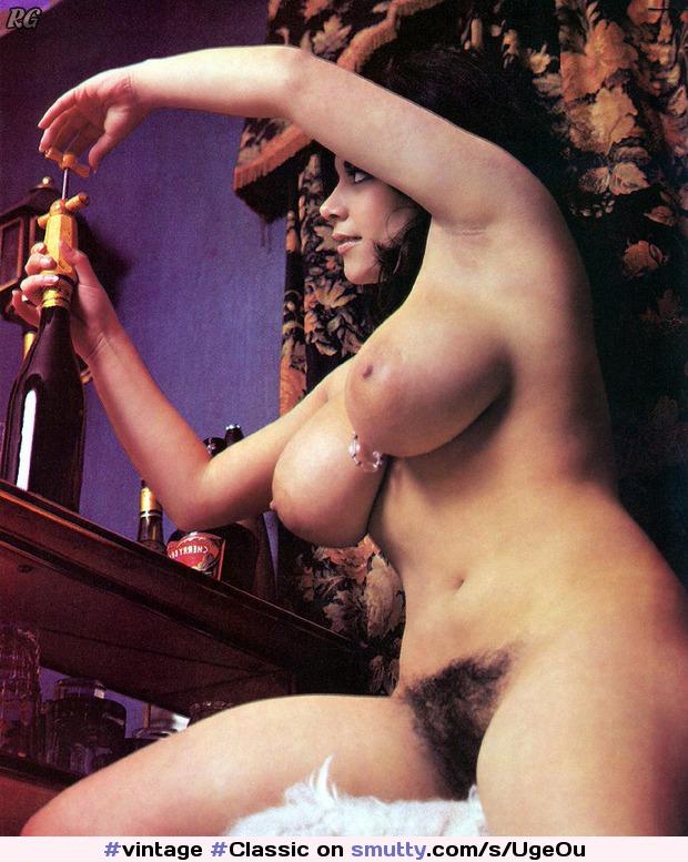 Острые груди порно ретро видео