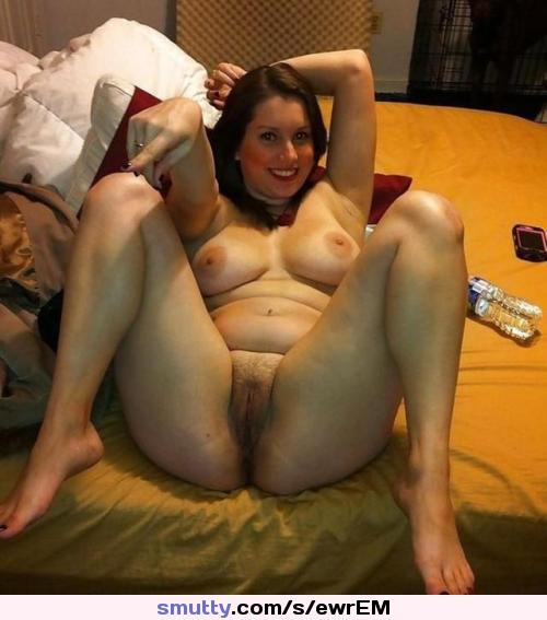 Moms full spread nude — photo 5