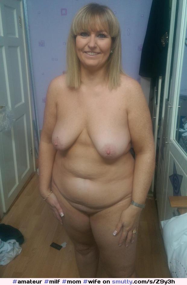 Desnuda curvilínea amateur mujer mayor