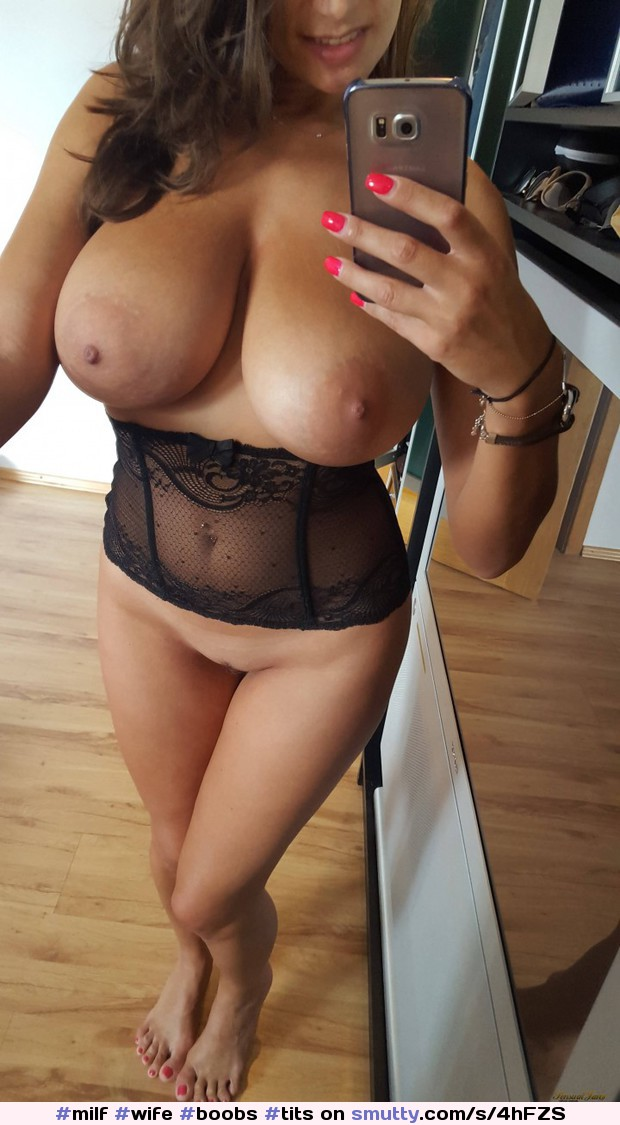 #milf #wife #boobs #tits #bigboobs #bigtits #flashing #showing #topless #mum #mom #boobs #tits #sexy #horny #hot #porn