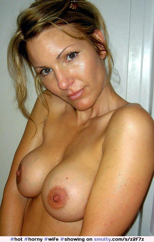 Celebrity Wife Naked Boobs Photos